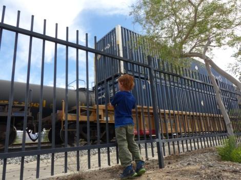 USA-Mojave-VisitorCentre-Riesenzug