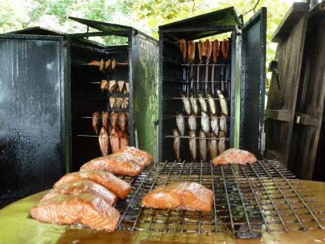 Räucherfisch-Delikatesse im Ostsee-Familienurlaub